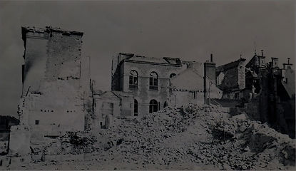 ecole_beaux-arts-ruine-1940_edited.jpg