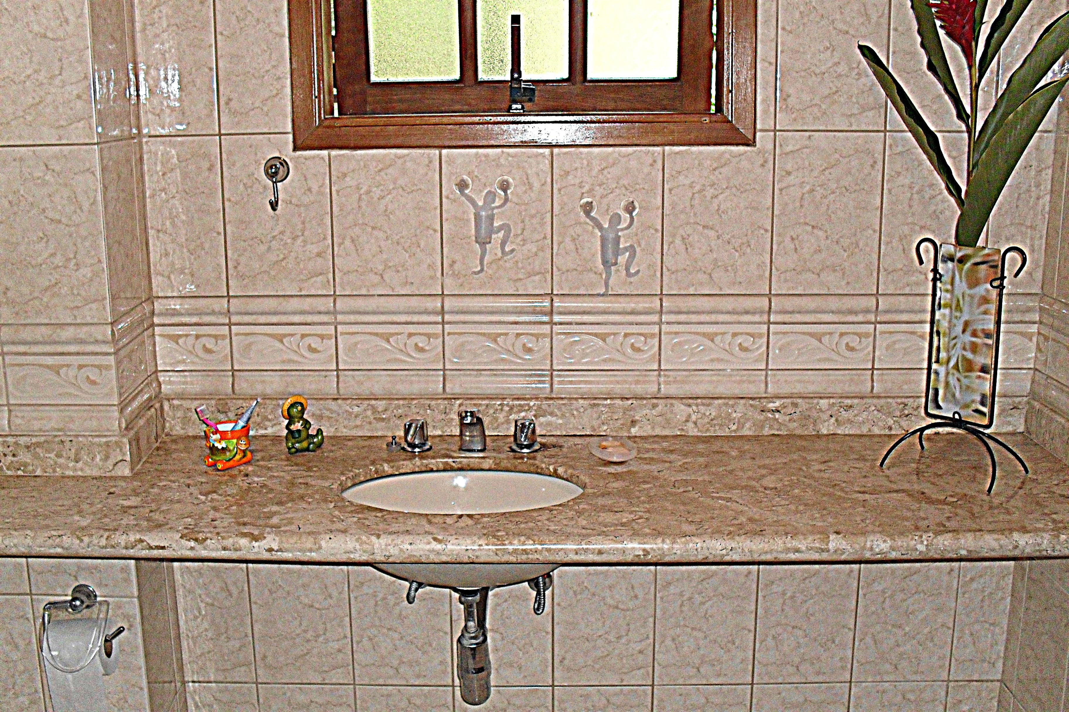 Banheiro - Apartamento em baixo (2)