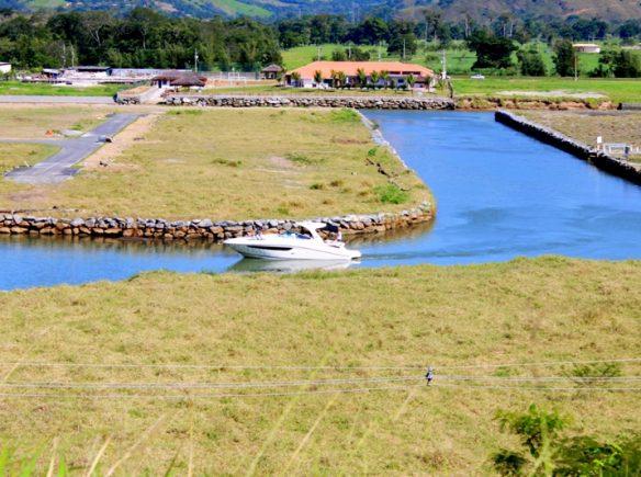 canal navegavel em porto bello