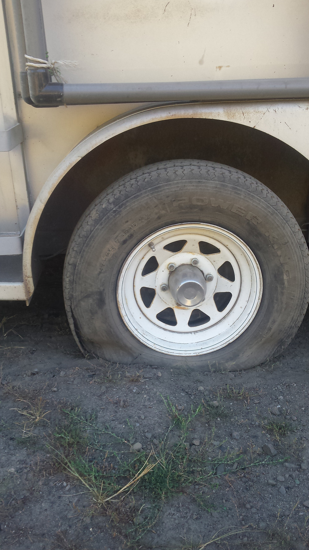 flat tire on dirt road north of Cascade Locks