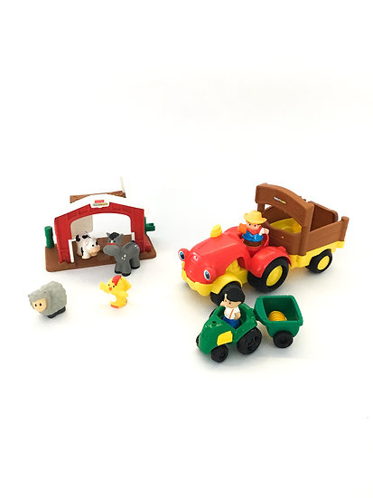 D-006 Little People Farm House & Equipment