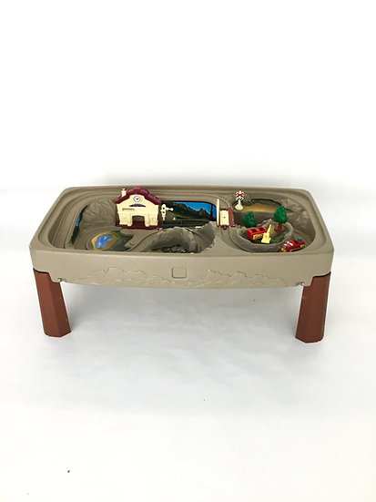 T-014 Outdoor Train Table