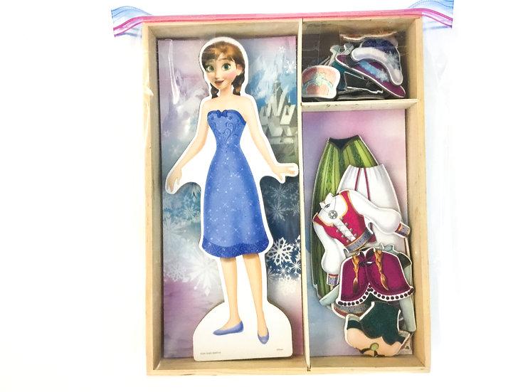 D-018 Frozen Magnetic Dress Up Dolls