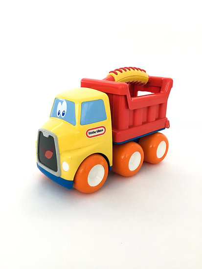 B-047 Little Tikes Dump Truck