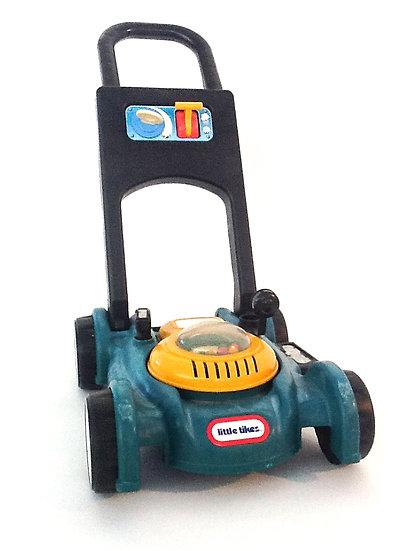 B-022 Fischer Price Lawnmower