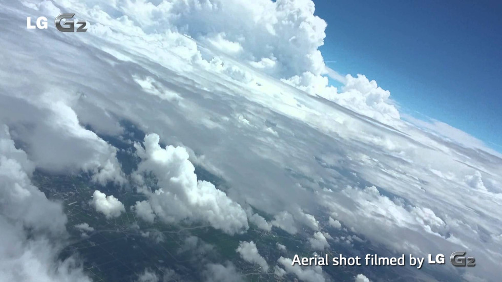 LG G2 : Film the Earth from the stratosphere