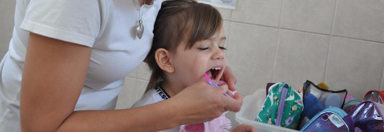 Escovação dos dentes