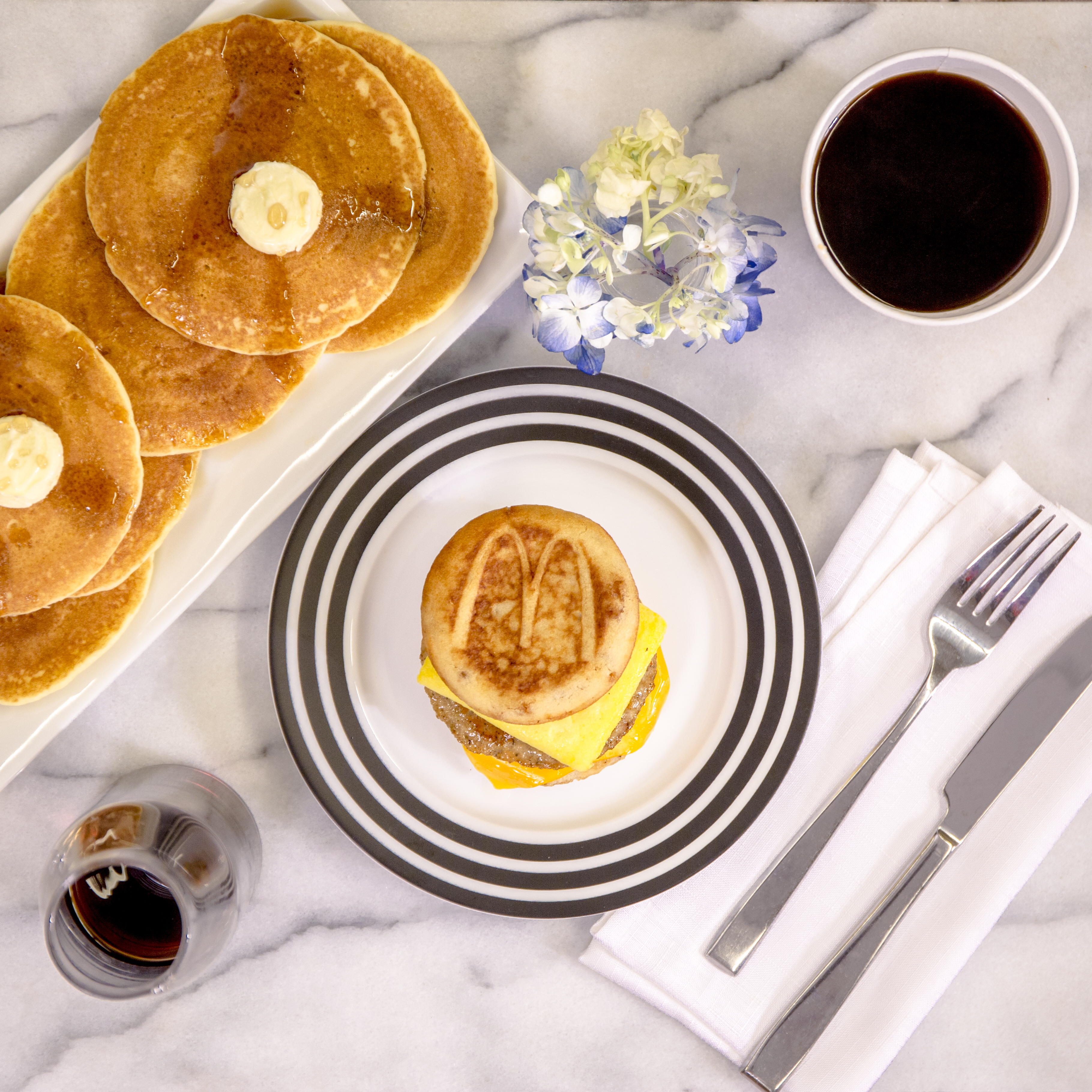 McGriddle_HotCake_Breakfast_Set_v02