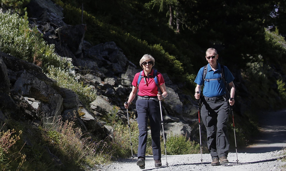 Nordic Walking vs trekking poles