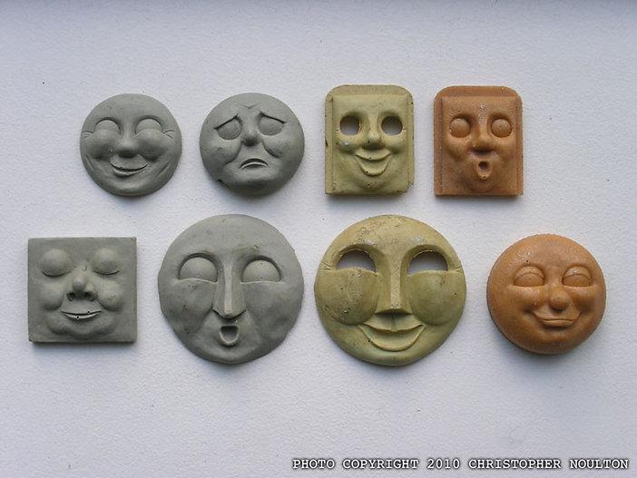 chris_noulton_resin_01_cast-faces-front-