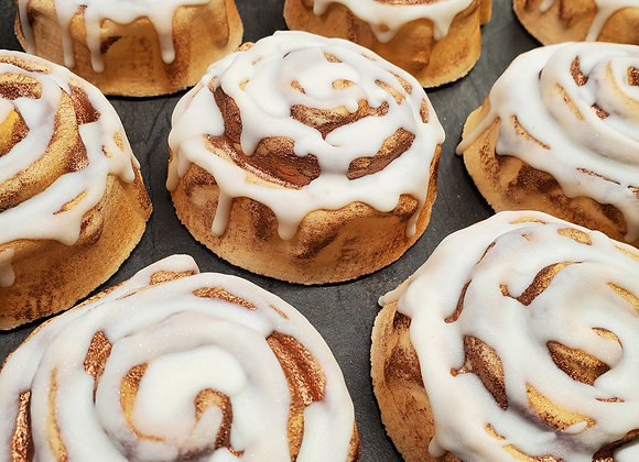 Cinnamon Roll Bath Bomb