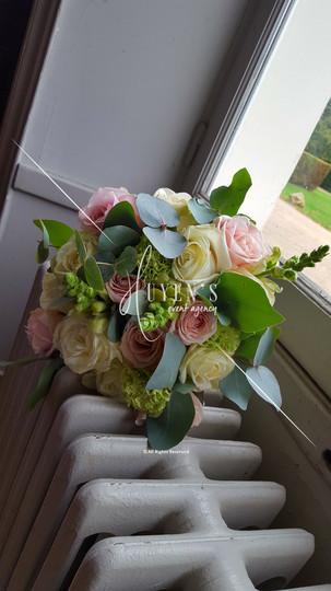 Bouquet de la mariée - Rose pâle & blanc