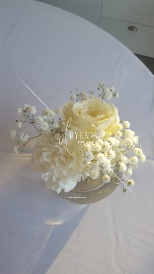 Bulle florale blanche