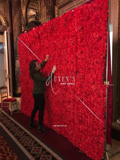 Mur floral rouge