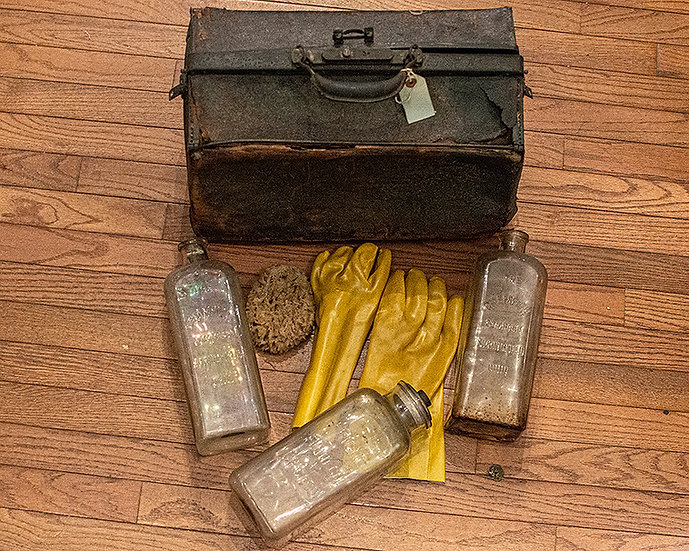Antique Half Gallon Embalming Set