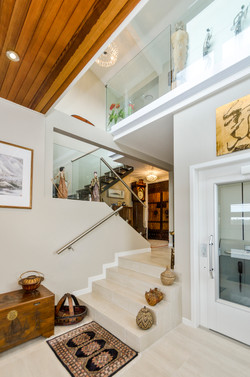 Glass balustraded stair well