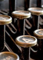 typewriter-585000_1280.jpg
