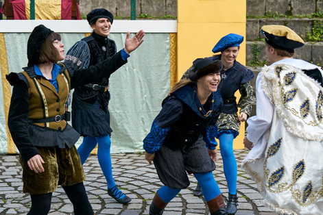 """""""Romeo and Juliet"""" by William Shakespeare.  A Entity Theatre e.V. Production.  CC BY 4.0 Thomas Hafner"""