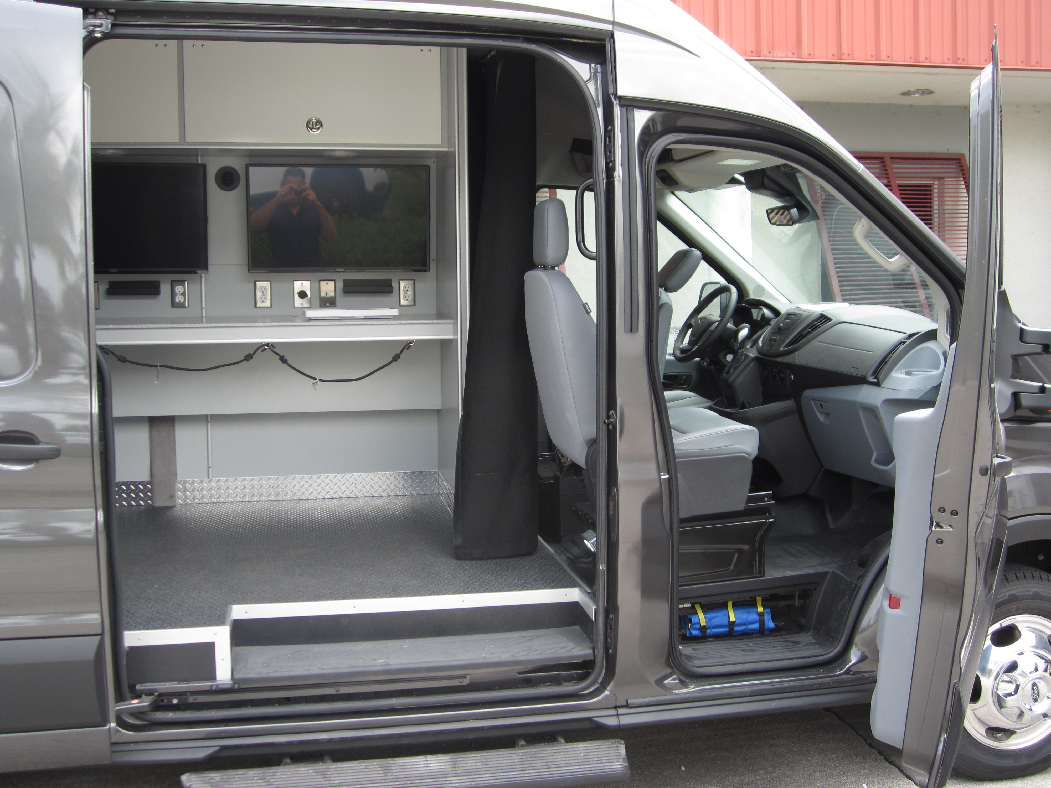 EVI- Mobile Forensic Unit