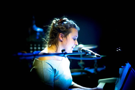Soie - Helene Cambier au piano