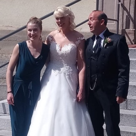Hochzeitssängerin Leo Will mit Brautpaar