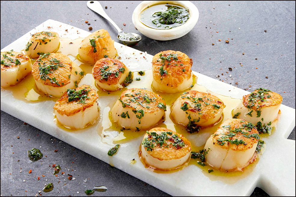 005_Grilled Scallops with Fresh Herb Oli