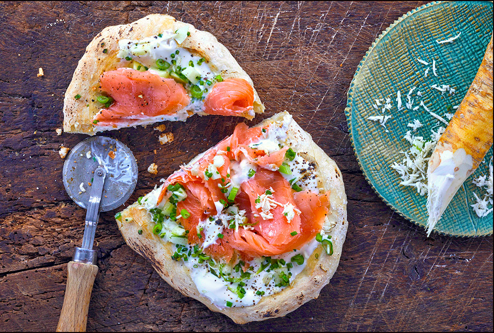 033_Brunch_Pizza_with_Smoked_Salmon_and_