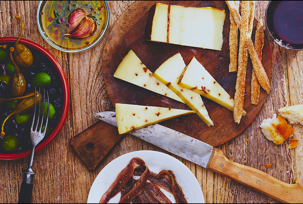 food_studio_weymann_spanish_cheese.jpg