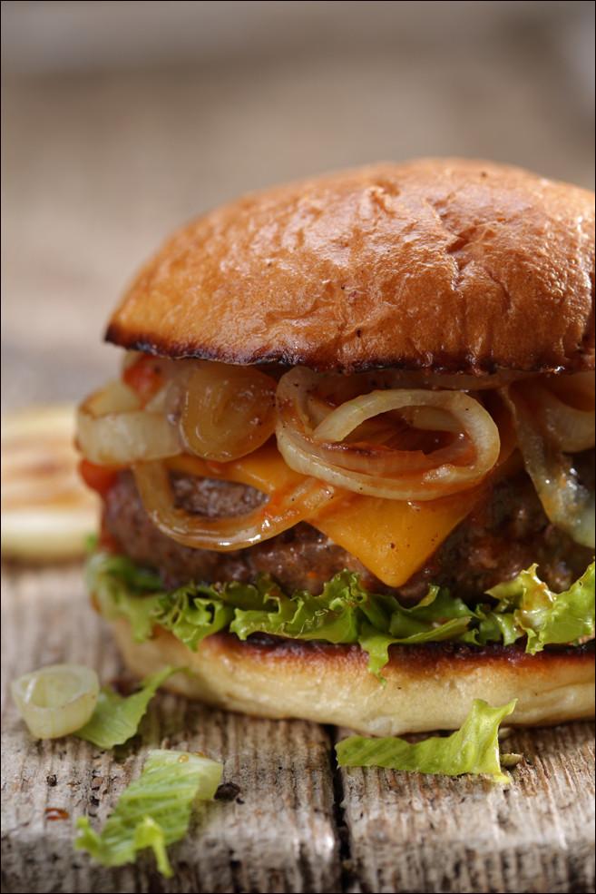 Burger_onions_foodstudio_weymann.jpg