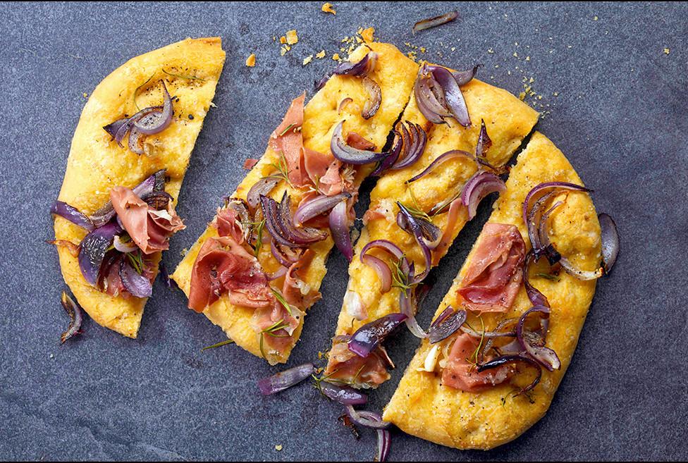 040_Onion, Prosciutto, and Rosemary Foca