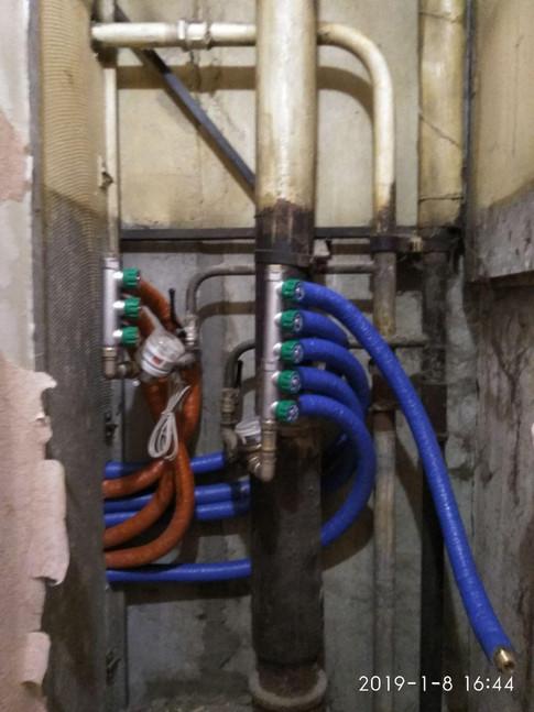Коллекторная разводка труб rehau, монтаж фильтров ханивел. Gorsanteh.com