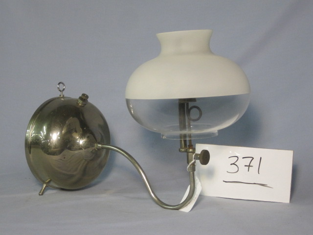 Coleman BQ bracket lamp