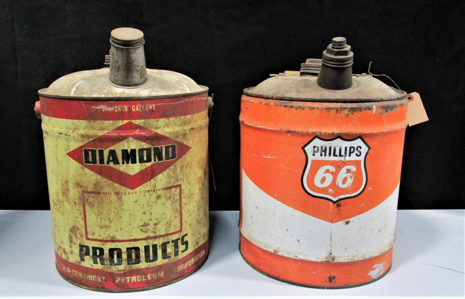 OIL COLLECTIBLES