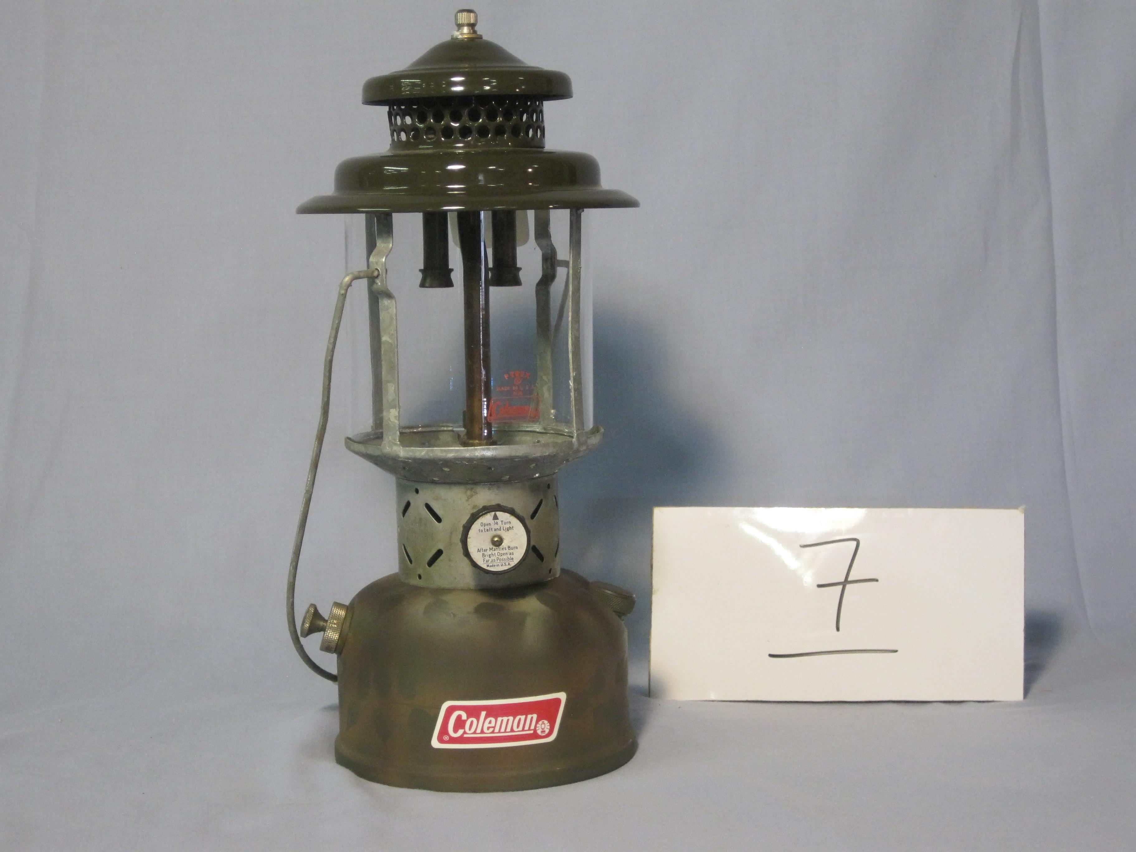 Coleman custom 220C