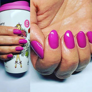 Gorgeous pink  nails by Kasia @optionzbe