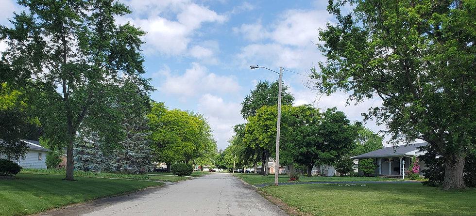 Neighborhood in Sweetser.jpg