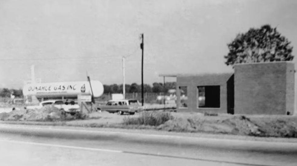 Donahue Gas Historic Photo 1