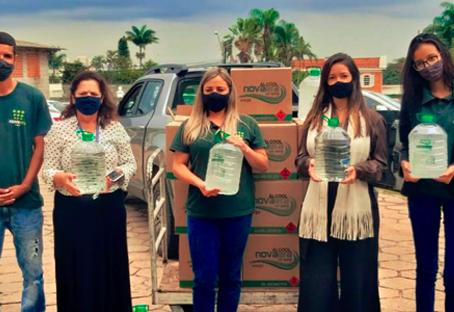 Santa Casa de São Carlos recebe doação de álcool 70° e álcool em gel da Destilaria Nova Era