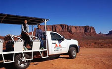 05 MONUMENT VALLEY JEEP TOUR.jpg
