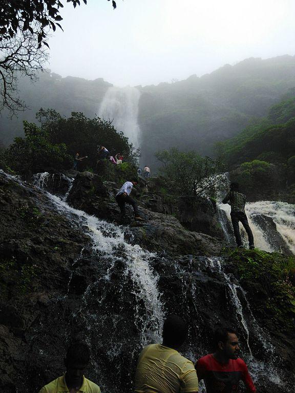 How to Reach Madhe Ghat Waterfall