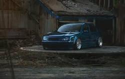 VW USED BONNETS