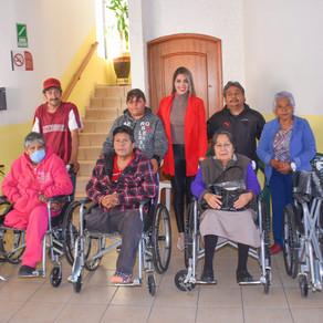 Segunda entrega en 2020 de sillas de ruedas en Soledad