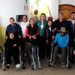 DIF Municipal de Soledad realiza la primera entrega de sillas de ruedas del 2020
