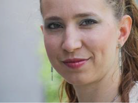 """Katarina Veselko: """"Finančna intuicija: slediti občutku ali razumu?"""""""