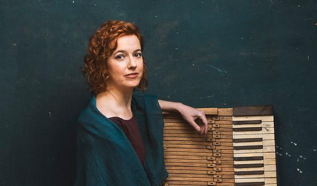 fotografia de la pianista Cristina Esclapez