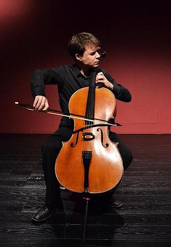 Amat Santacana serà el cellista solista amb Camerata Penedès pel concert Un passeig pel classicisme
