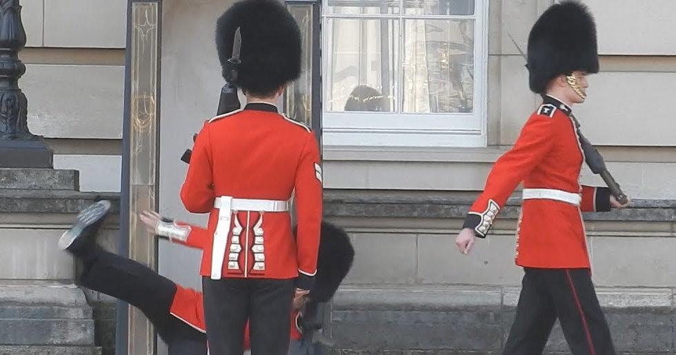 british_guard.jpg