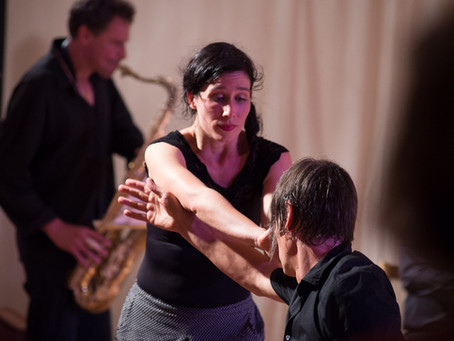 Worldmusic meets Contact Improvisation
