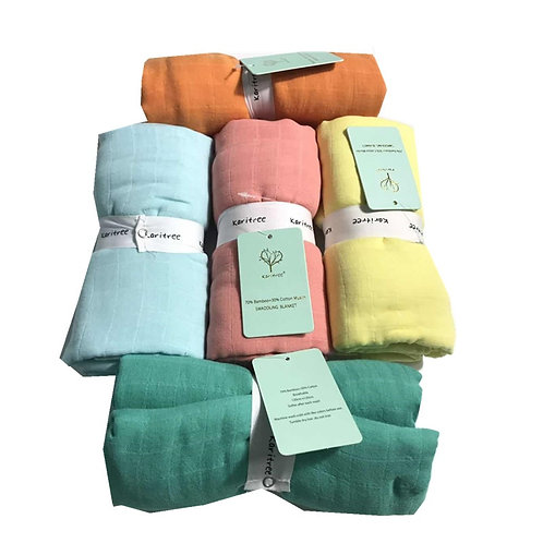 Clean baby changing blankets, muslin blanket, diapers