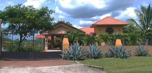 Casa Alpízar